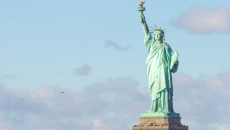 freedom-the-statue-of-liberty-a-symbol-500x325