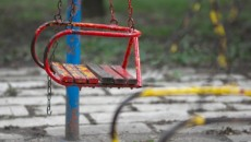 swing poverty playset