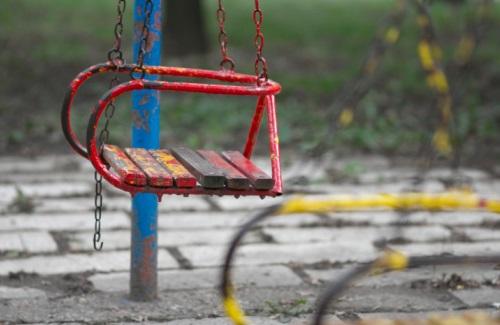 swing poverty playset