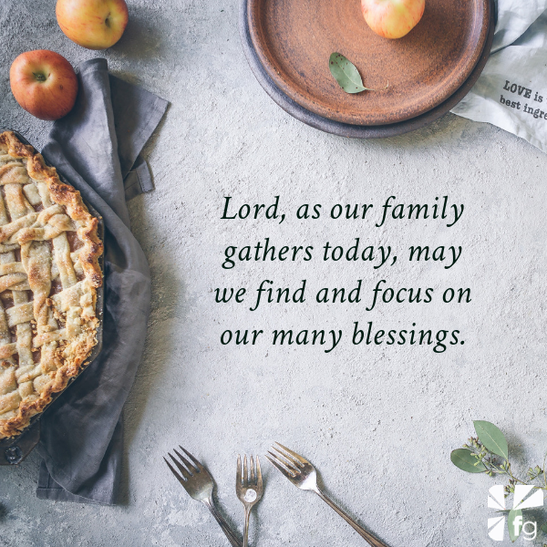 Happy Thanksgiving: Focus on Thanking God